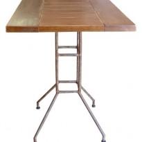 Table BRASSERIE chêne SATINE 70*60 * H 76 / piètement Métal tubulaire