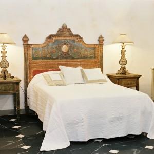 t te de lit choiseul louis xvi couchage 160 d cor couleur vieilli provence et fils. Black Bedroom Furniture Sets. Home Design Ideas