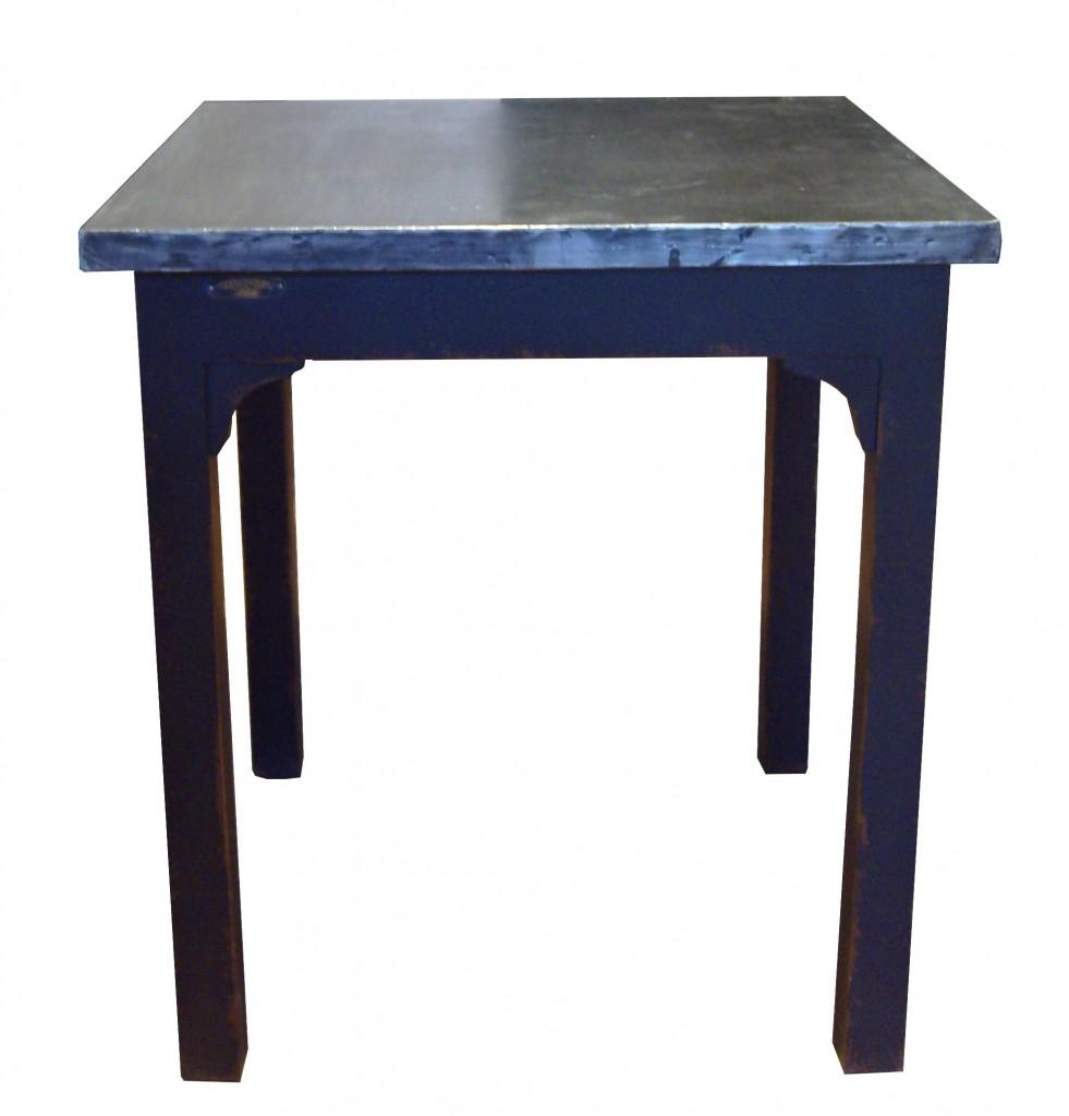 Sup rieur table bois plateau zinc 4 table sur mesure en pin massif avec plateau zinc acier for Plateau table sur mesure