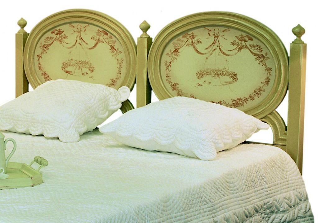 t te de lit fado couchage 140 structure patin e d cor toile de jouy provence et fils. Black Bedroom Furniture Sets. Home Design Ideas