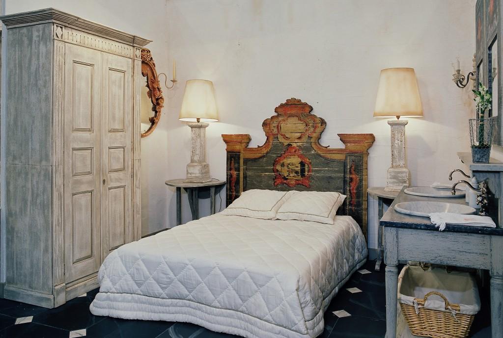 t te de lit gustavia couchage 140 cm dimensions 170cm h170 cm d cor vert d eau provence. Black Bedroom Furniture Sets. Home Design Ideas