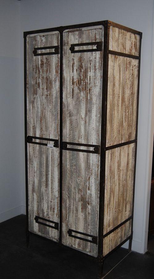 vestiaire jules verne mel ze patin provence et fils. Black Bedroom Furniture Sets. Home Design Ideas